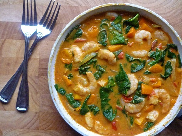 * Coconut Prawn Curry {Hairy Dieters}