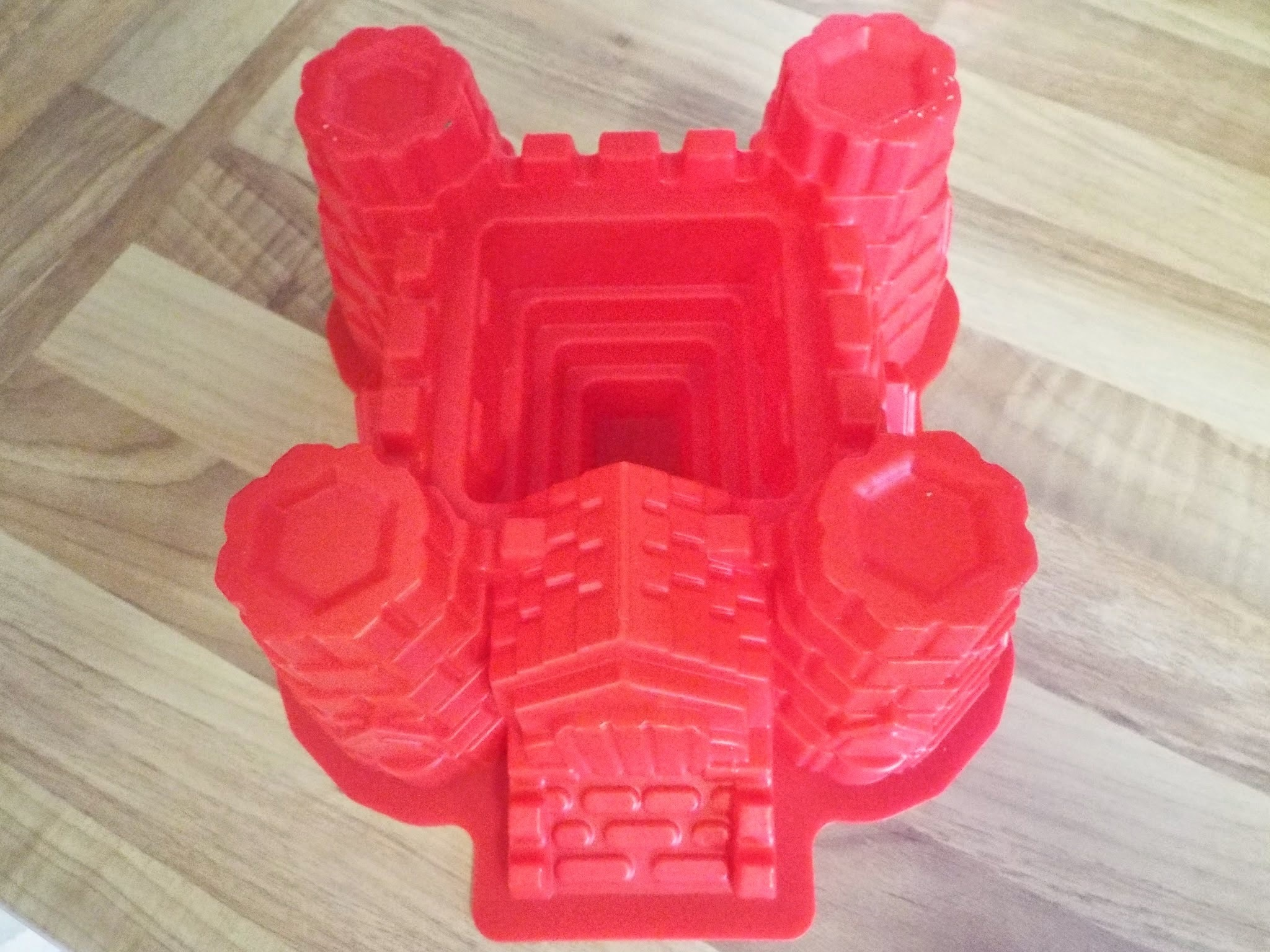 Lakeland's Sandcastle Mould Review and Lavender and Lemon Cake