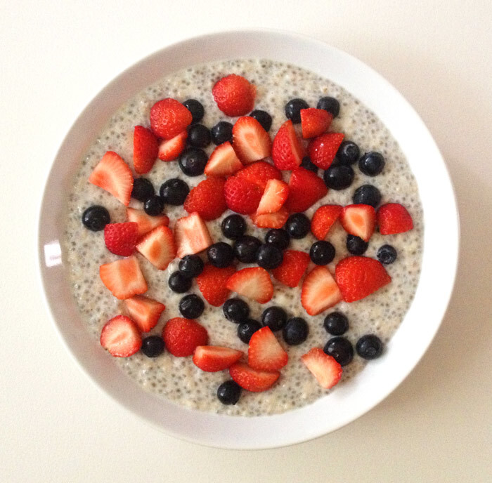 Vegan Chia Pudding Oats Recipe with fresh berries