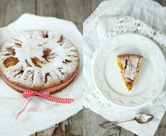 Saftig Saffranskaka med Äpplen& Mandelmassa  - Juicy Saffron Cake with Apples & Almond Paste