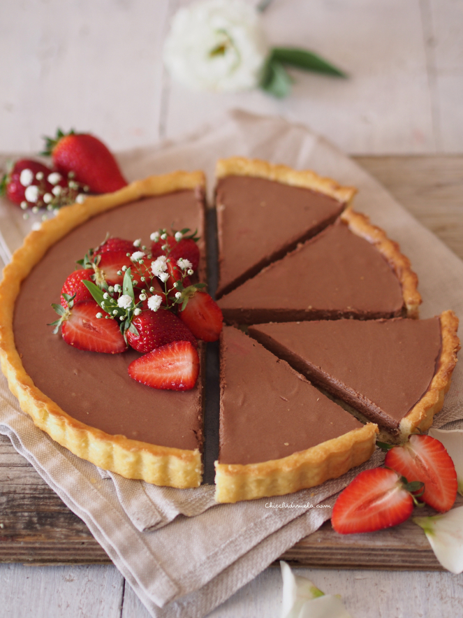 Crostata con crema gianduia