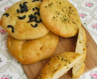 Mini focaccia... recipe by Paul Hollywood