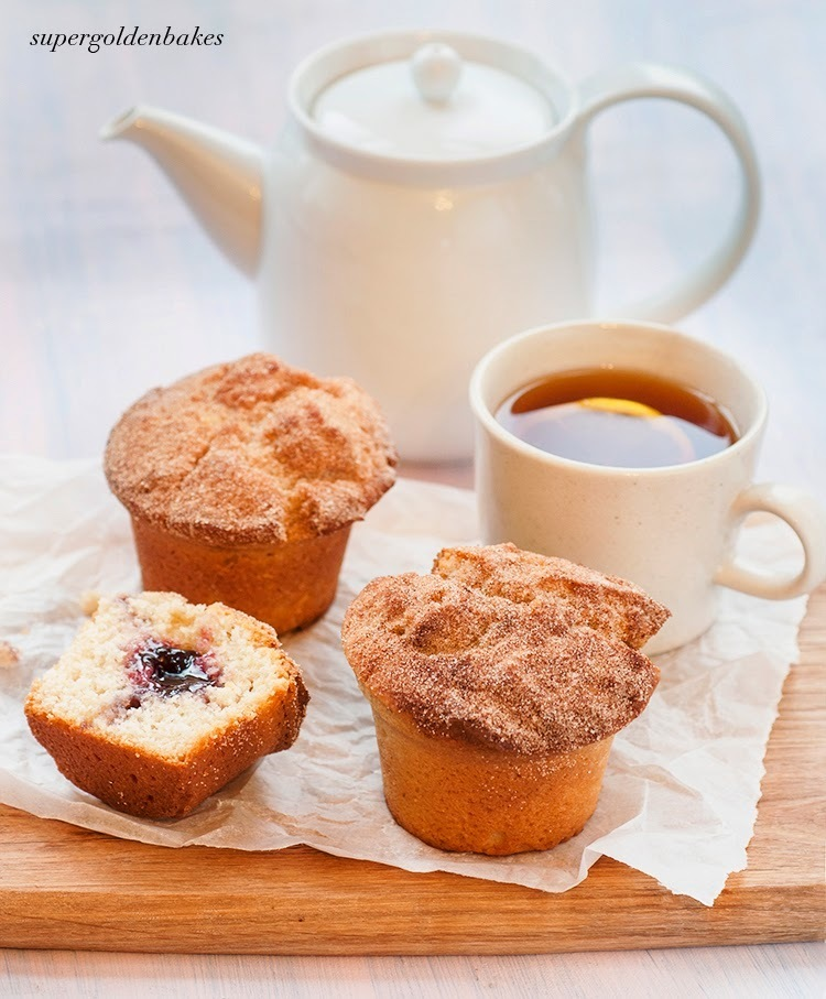 Is is a duffin or is it a muffnut? Jam doughnut muffins