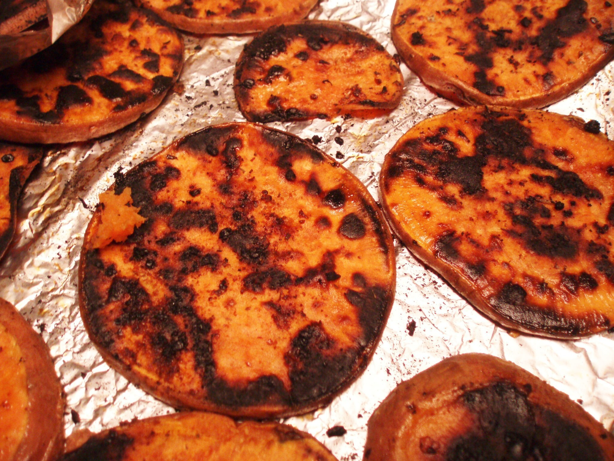 Rural Mom's Wicked-Good Grilled Garlic Herb Sweet Potato #Recipe