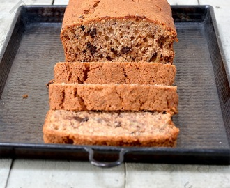 Brazilian banana and chocolate chip tapioca cake - gluten free