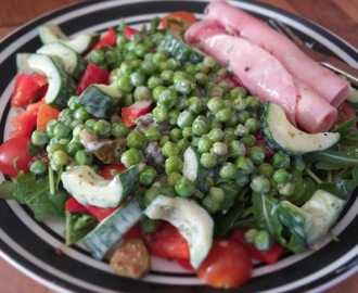 Slimming World Recipe:- Ham Roll Up Salad