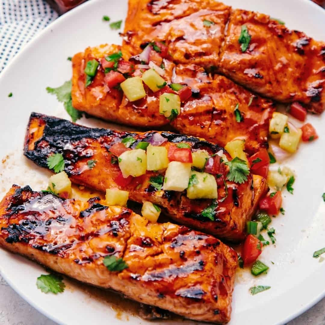 HAWAIIAN GRILLED SALMON FILETS