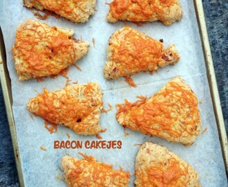 Bacon cakejes