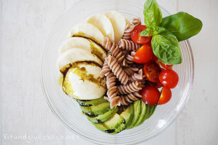{Clean Eating} Caprese Bowl