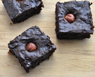 Hazelnut brownies and my war against 'diets'