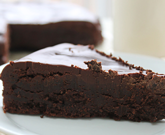 Recept: Raw Chocolate Fudge Taartje