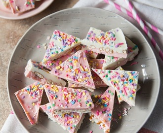 White Chocoate Pretzel Candy Bark
