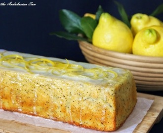 Gluten-free lemon, Greek yogurt and poppy seed cake