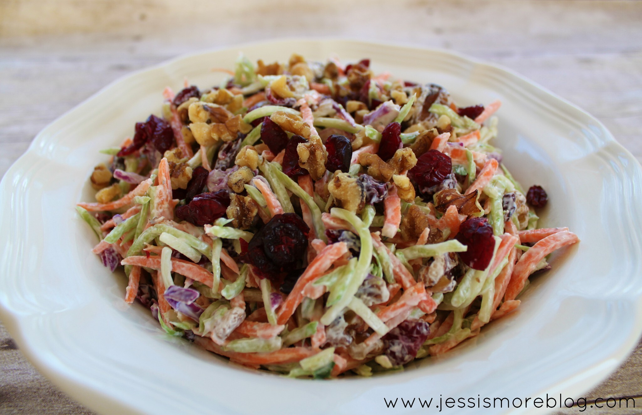 SPD: Broccoli Slaw With Yogurt Dressing