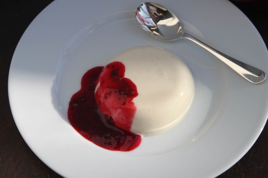 Vanilla Pannacotta with Blackcurrants