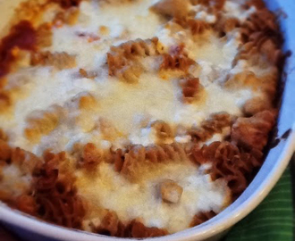 RECIPE: 4 Cheese & Chicken Rotini Bake (using a Progresso Recipe Starters Cooking Sauce)