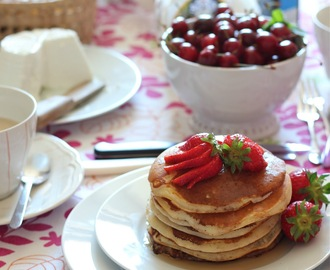 Sunday brunch o il privilegio di una giornata slow: pancakes al latticello.