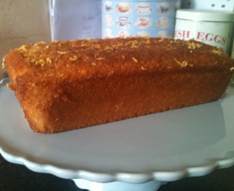 Lemon drizzle cake - Tea Time Treat