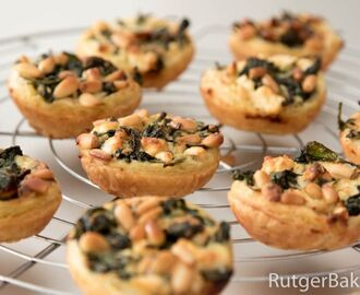 Mini quiches met spinazie en feta – recept
