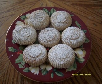 HOLIDAY COOKIES- Maamoul form Middle East