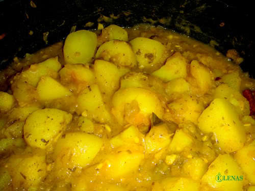 Potatiscurry (Aloo Dam)