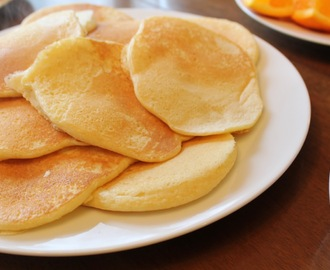 Basics: Fluffy Pancakes
