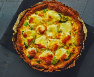 broccoli - zalm quiche, gekruid met kurkuma, curry en gember