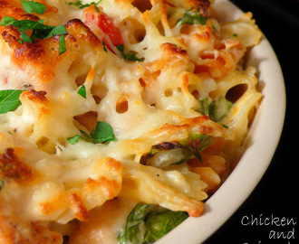 Chicken and Spinach Pasta Bake
