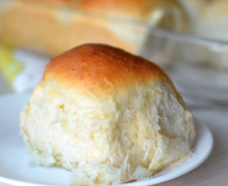 Hawaiian Sweet Rolls {The Fluffiest Rolls I've Ever Made}