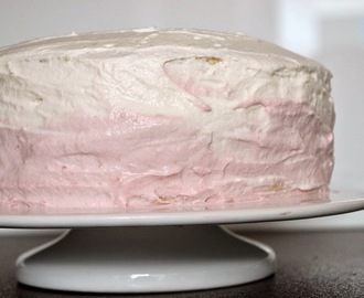 Ombre Cake mit Topfencreme