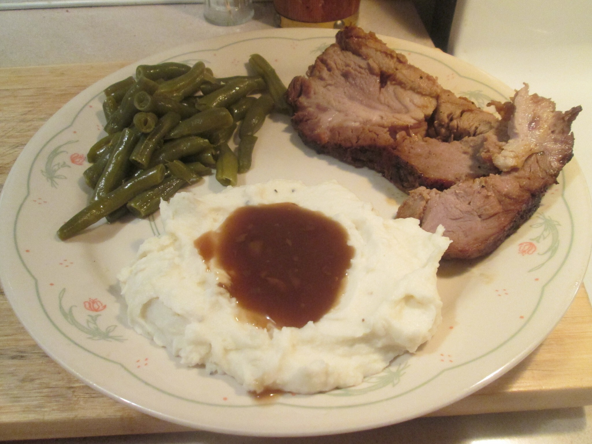 Pork Loin Boneless Roast w/ Green Beans and Mashed Potatoes