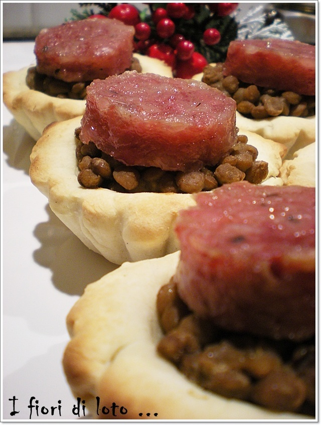 FINGER FOOD - COTECHINO E LENTICCHIE
