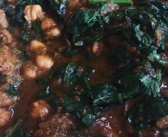 Lamb, Chickpea & Spinach Curry With Mash Potatoes