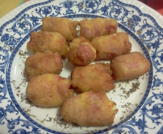 ROLLITOS DE SALCHICHAS CON BACON  Y QUESO