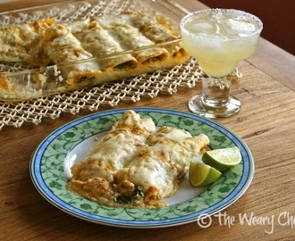 Spinach and Chicken Enchiladas Verde