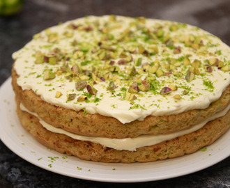 Courgette cake with cream cheese and lime frosting