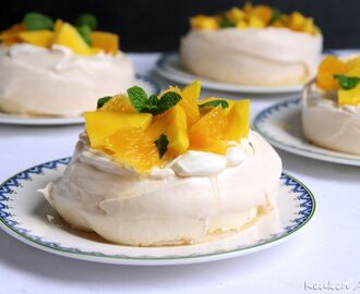 Mini Pavlova's in Oranje stemming