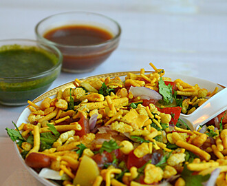 How to make Sev Puri ? / Sev Papdi Chat / Easy Chat Recipes :