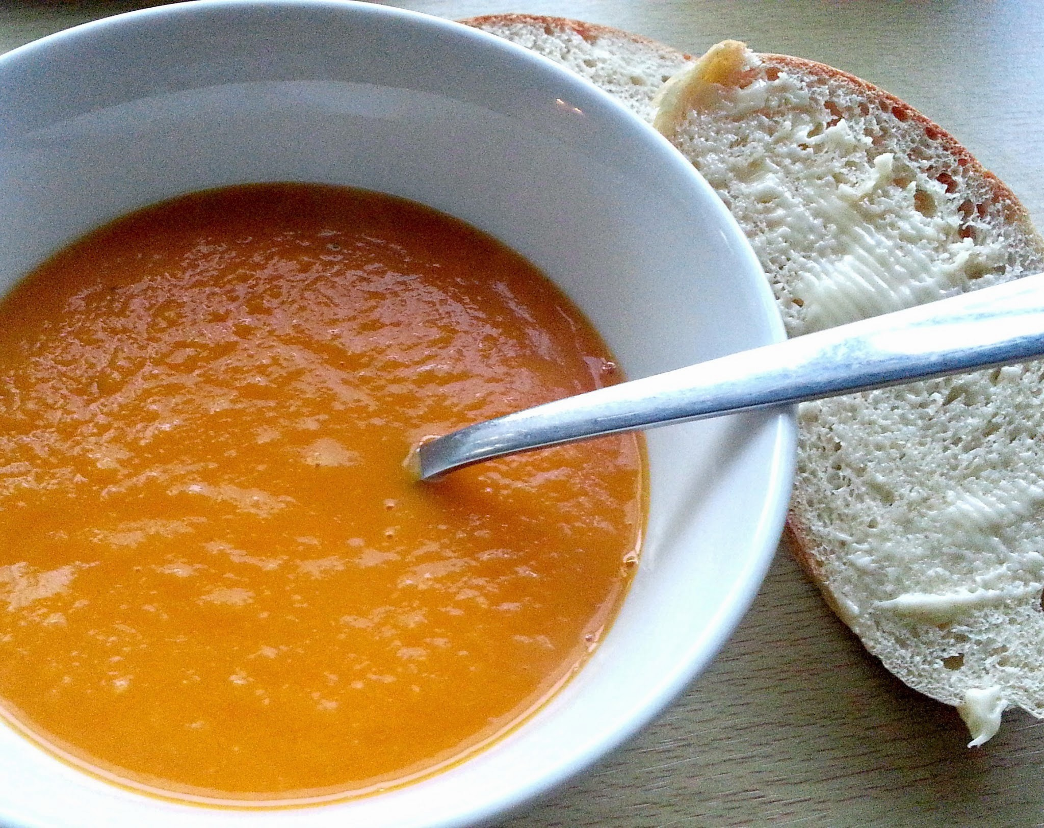 Delicious roasted vegetable soup