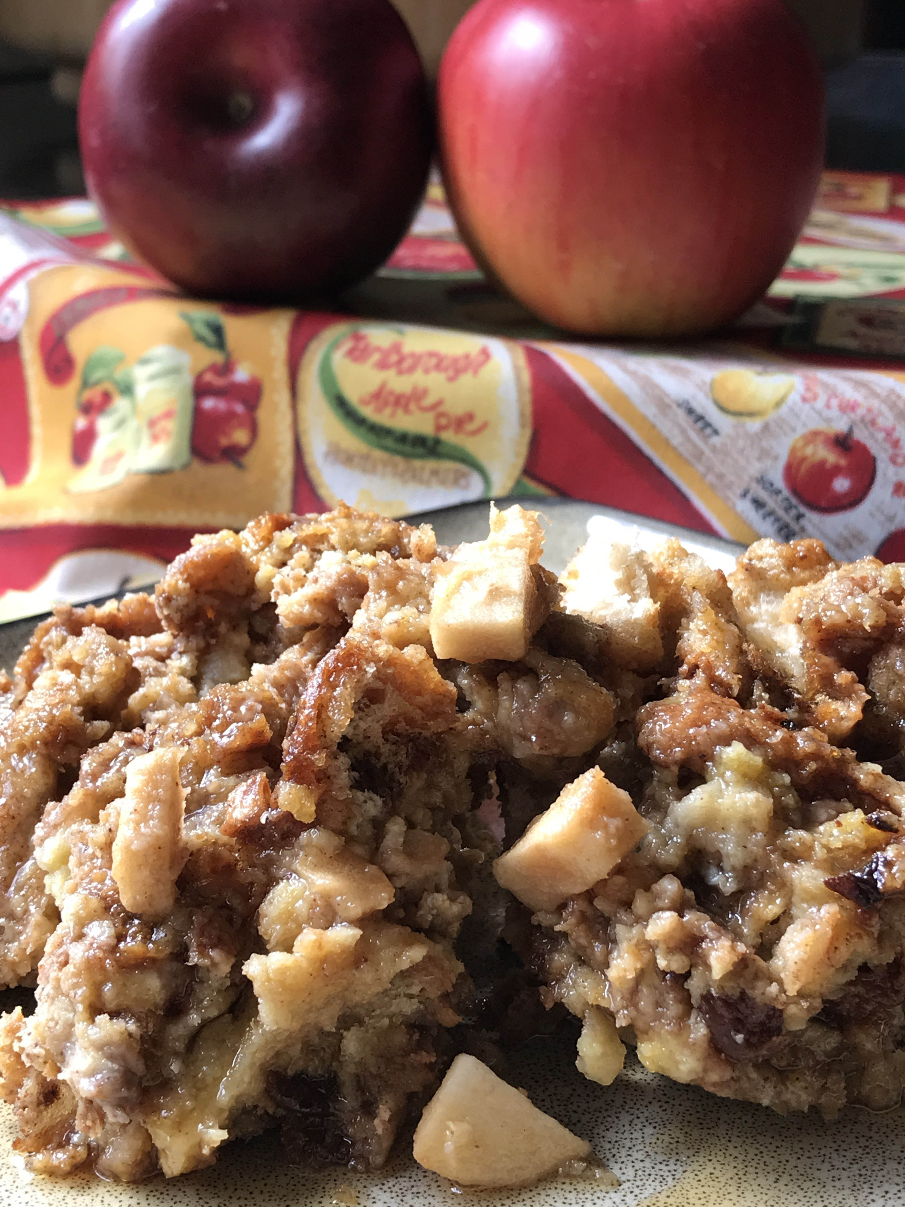 Slow Cooker Apple Fritter French Toast Bake