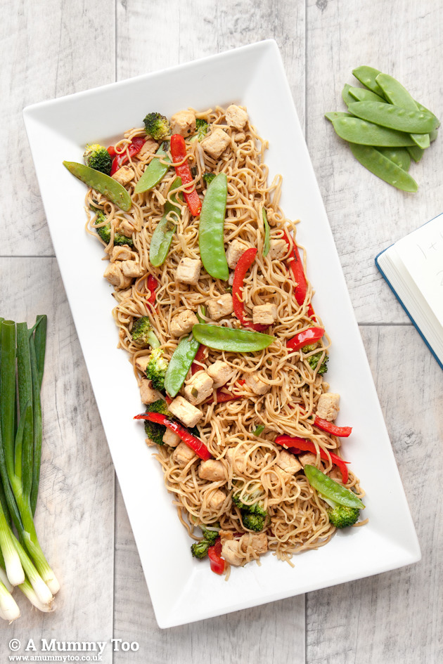 Quorn, broccoli and noodle stir fry (child-friendly recipe)