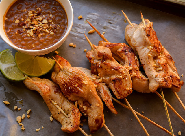 Chicken Satay and Thai Peanut Sauce