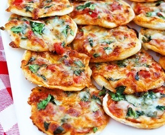 MAKE YOUR OWN MINI PIZZAS