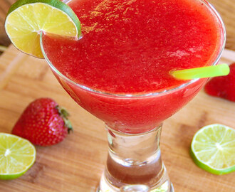The Best Ever Strawberry Daiquiri, Cocktails and Tours in New Orleans