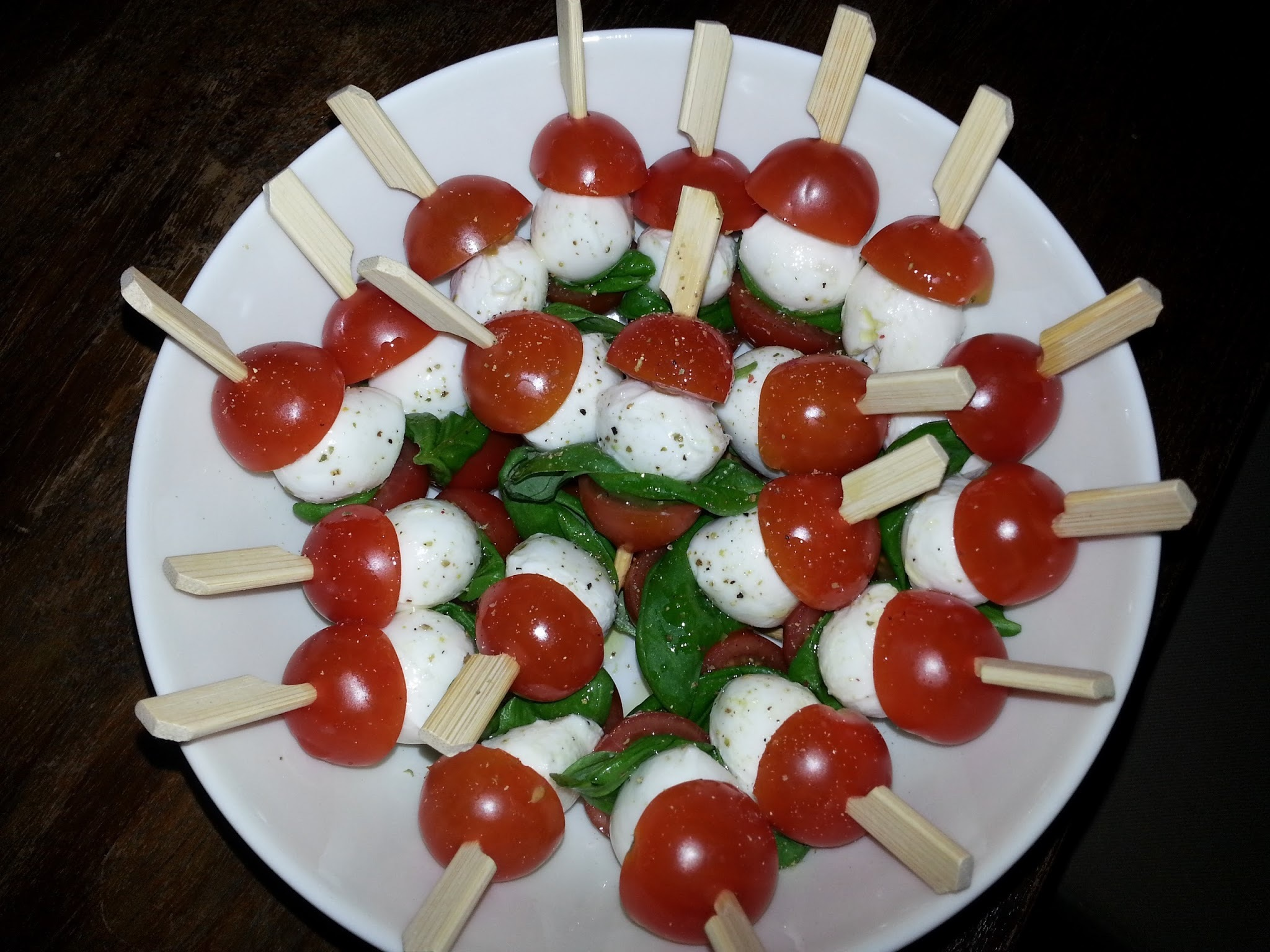 Mozzarella met cocktail tomaatjes