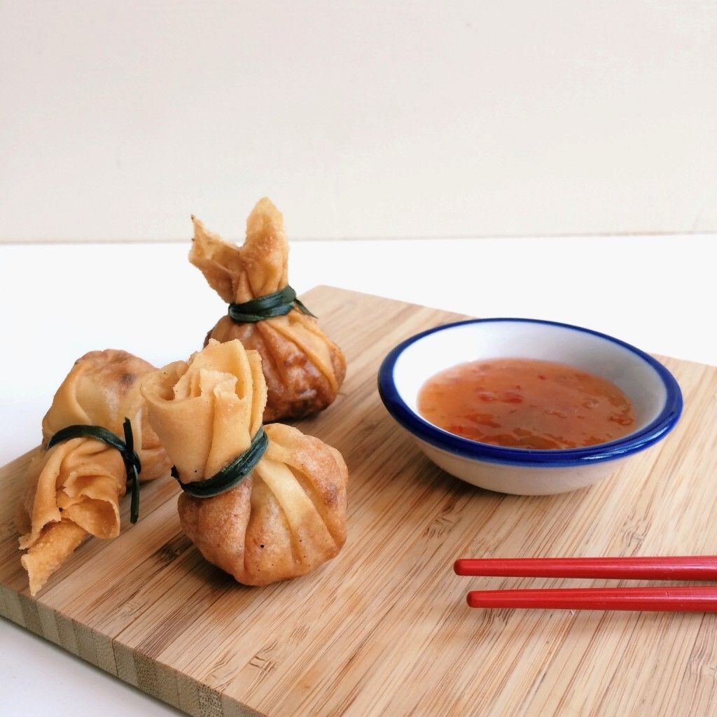 Crispy Chinese parcels: TGI Fry Day!