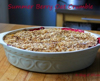 Summer Berry Oat Crumble using Sweet Heart Collection Stoneware