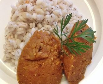 Vegetarische curry van rode linzen