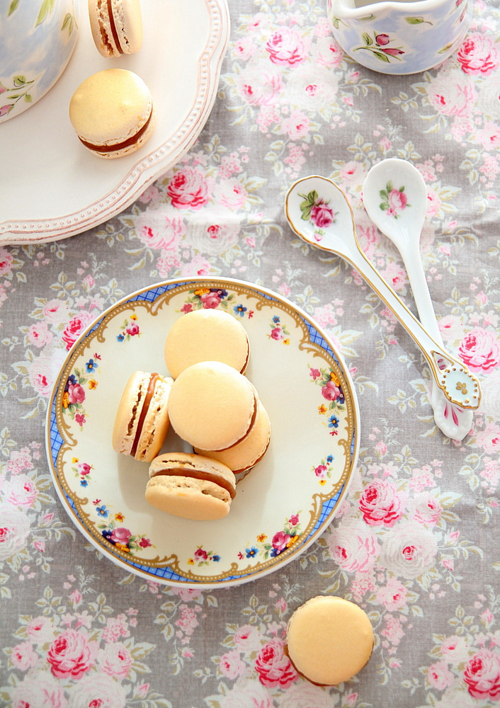 French Macaron Recipe with Salted Caramel and Cardamom Cream Cheese Filling | Guest Post by Nisha of My Kitchen Antics