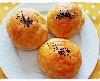 KREMALI PEYNİRLİ AÇMA TARİFİ''BUNS WİTH CREAM -CHEESE FİLLİNG)